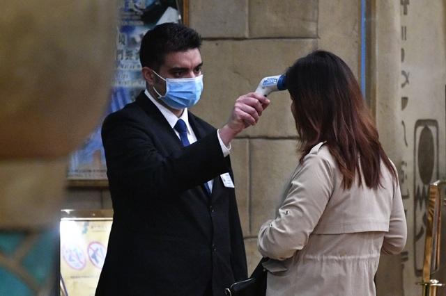 """Bệnh phổi lạ từ Trung Quốc chính thức """"gõ cửa"""" châu Âu - 1"""