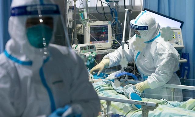 Bác sĩ đầu tiên tử vong do nhiễm virus corona tại Trung Quốc - 1