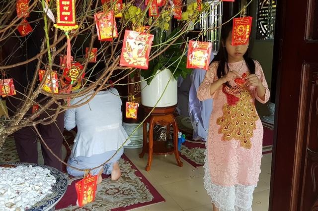 Đi chùa xin xăm, viết lời chúc cầu nguyện đầu năm mới - 11