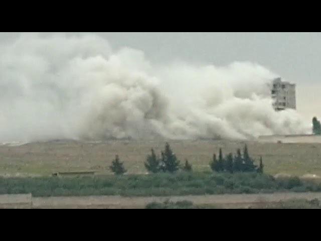 Syria cắt bom san phẳng tòa nhà cao tầng của khủng bố