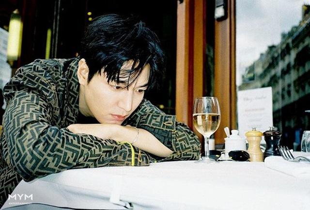 Ngất ngây trước loạt ảnh đời thường của mỹ nam Lee Min Ho - 3