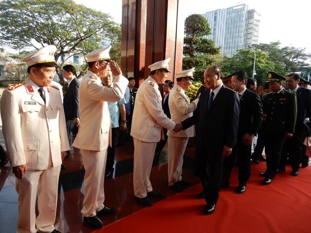 Thủ tướng Nguyễn Xuân Phúc chúc Tết lực lượng vũ trang - 2