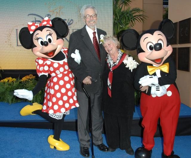 Hai diễn viên lồng tiếng cho chuột Mickey - Minnie nên duyên như thế nào? - 1
