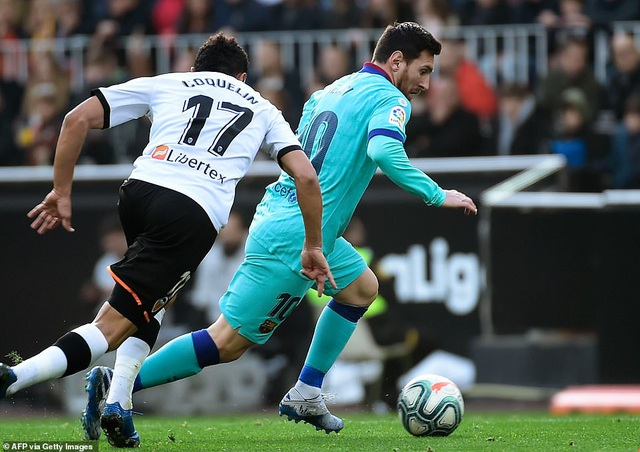 Messi gây thất vọng, Barcelona gục ngã trước Valencia - 4