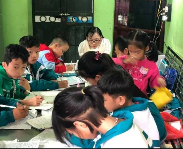 """Cô gái nặng 15kg mở lớp học đặc biệt """"5 không"""" - 3"""