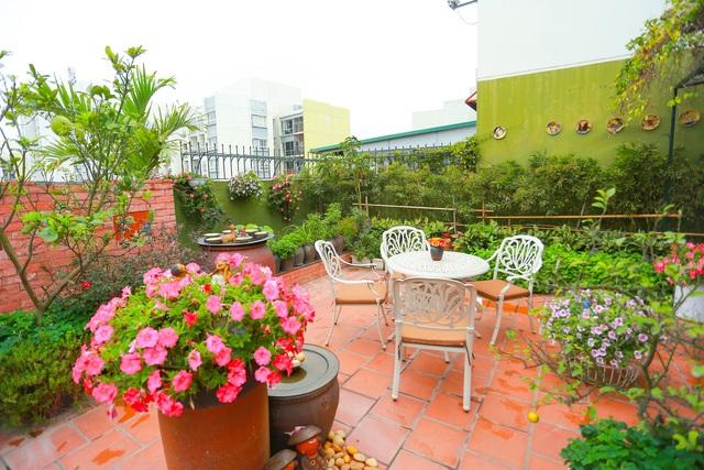 Mê mẩn căn penthouse với khu vườn ngập cây xanh đẹp hiếm có ở Hưng Yên - 11