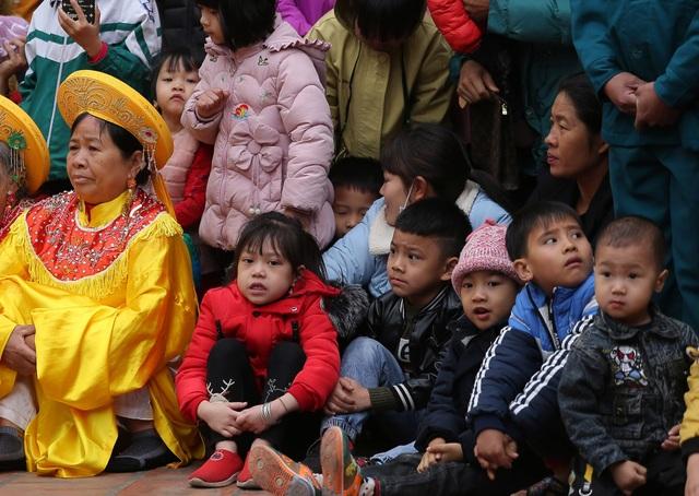 Vĩnh Phúc: Người dân nô nức xem lễ hội trai giả gái gieo hạt - 8