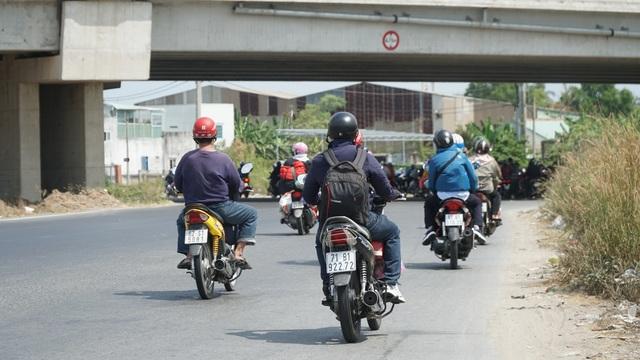 Người dân miền Tây đổ về Sài Gòn sau Tết - 8