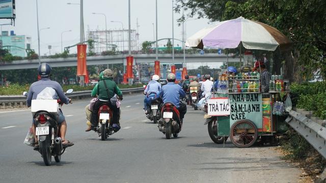 Người dân miền Tây đổ về Sài Gòn sau Tết - 7