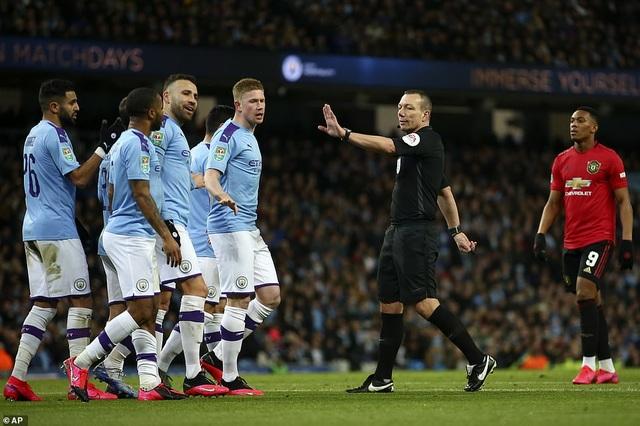 Man City 0-1 Man Utd: Matic ghi bàn và nhận thẻ đỏ - 2