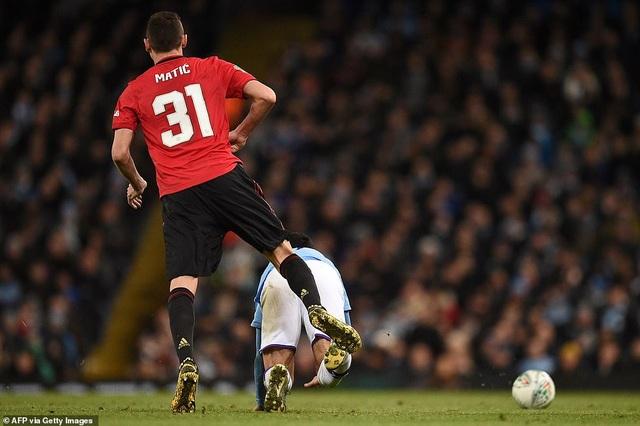 Man City 0-1 Man Utd: Matic ghi bàn và nhận thẻ đỏ - 5