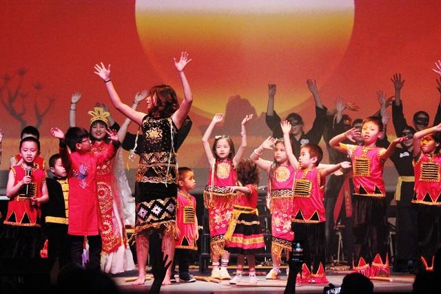 Những nét đẹp văn hóa Việt tỏa sáng trên đất Pháp - 3