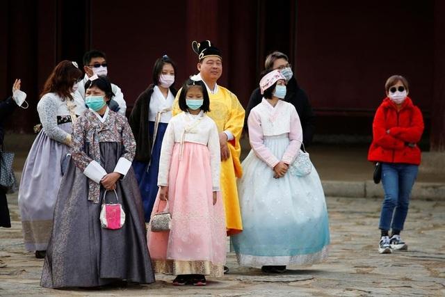 Bộ GDĐT công bố đường dây nóng hỗ trợ lưu học sinh trong đại dịch virus corona - 3