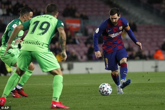 Messi và Griezmann tỏa sáng đưa Barcelona vào tứ kết Cúp Nhà vua - 6