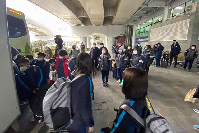 Đội tuyển nữ Việt Nam đến Hàn Quốc, tập luyện tại đảo Jeju - 1