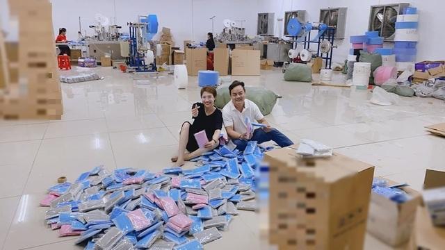 Sao Việt trang bị kín mít, phát khẩu trang miễn phí giữa đại dịch virus Corona - 3