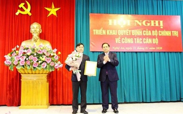 Bộ Chính trị chuẩn y tân Bí thư Tỉnh ủy Nghệ An - 1