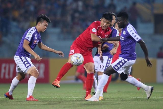 Nhiều giải bóng đá Việt Nam có thể bị hoãn vì virus Corona - 1
