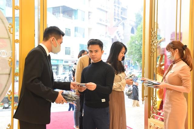 Ngày Vía Thần Tài trúng mùa dịch: Nhà vàng tặng hàng độc cho khách - 5