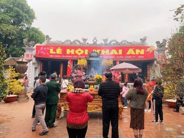 Đền Trần sẽ không tổ chức phát ấn tại nhà đền như mọi năm - 1