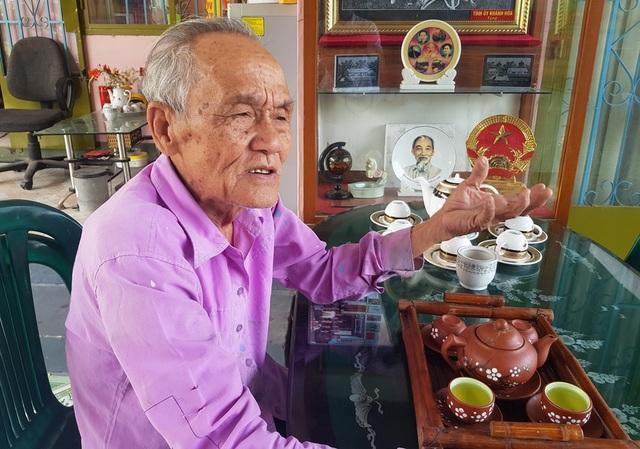 Cụ già 85 tuổi sưu tầm hơn 100 tư liệu quý, làm bảo tàng về Bác Hồ - 1
