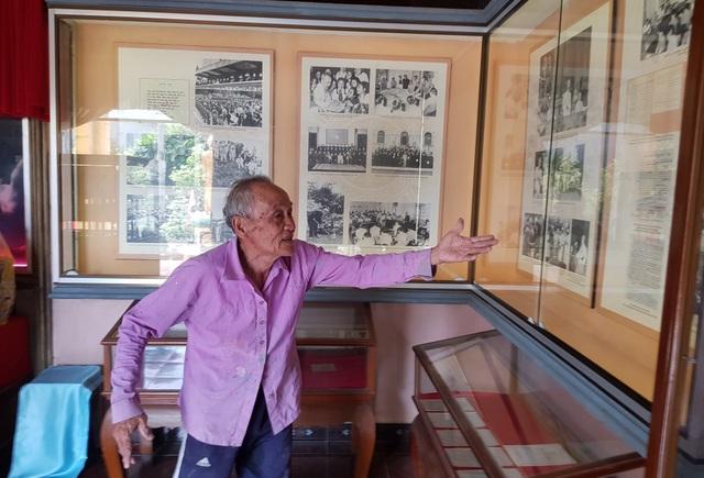 Cụ già 85 tuổi sưu tầm hơn 100 tư liệu quý, làm bảo tàng về Bác Hồ - 2
