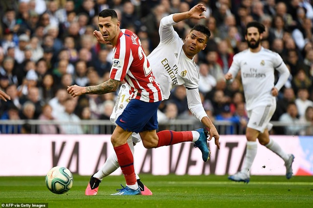 Những khoảnh khắc Real Madrid đánh bại Atletico và vững ngôi đầu La Liga - 8