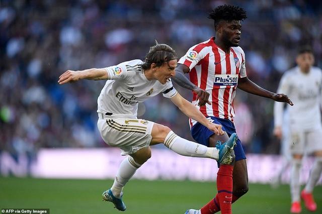 Những khoảnh khắc Real Madrid đánh bại Atletico và vững ngôi đầu La Liga - 6