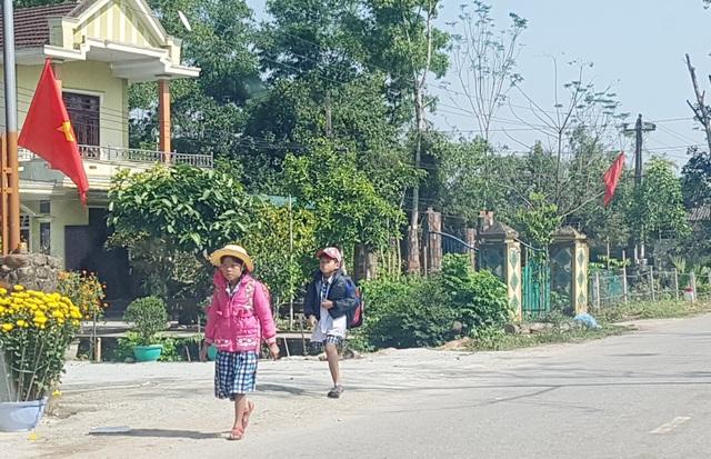 Thừa Thiên Huế: Nhiều phụ huynh cho con nghỉ học để tránh dịch Corona - 3