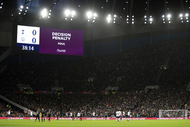 Tottenham 2-0 Man City: Gundogan đá hỏng 11m, Zinchenko nhận thẻ đỏ - 7