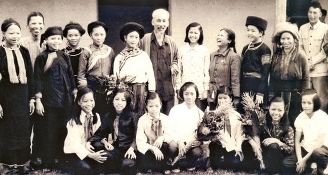 Nhớ mãi tình cảm đặc biệt Bác Hồ dành cho Lào Cai! - 2