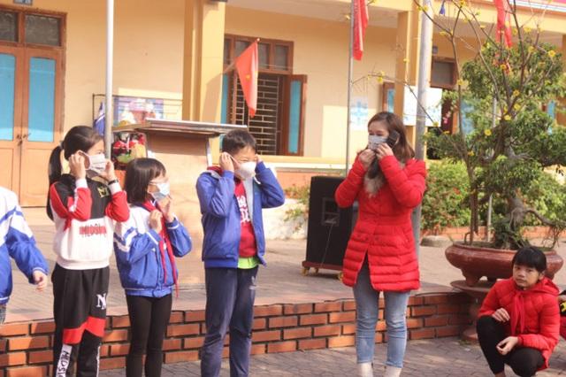 Nghệ An: Chưa có lệnh nghỉ, các trường học khẩn trương phòng dịch Corona - 1