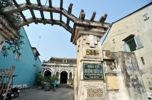 Khám phá căn nhà cổ 125 tuổi của đại gia nức tiếng Đồng Tháp - 1