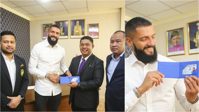 Malaysia nhập tịch thêm 1 cầu thủ trước trận gặp Việt Nam - 1