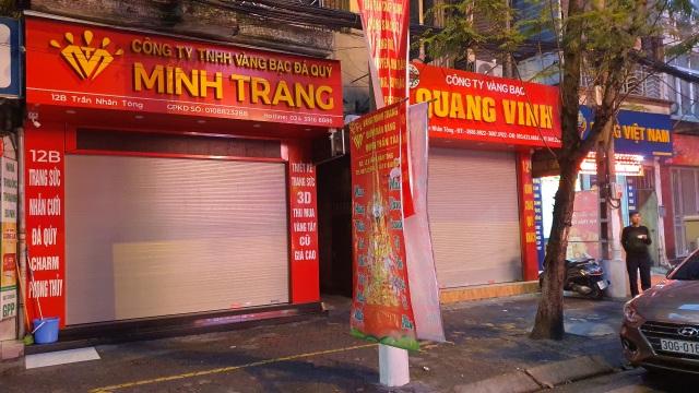 Kỳ lạ: Chủ tiệm vàng đóng cửa ngủ kỹ ngày vía Thần Tài - 7