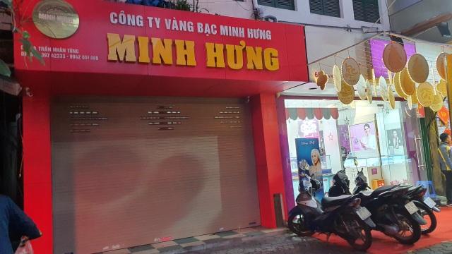Kỳ lạ: Chủ tiệm vàng đóng cửa ngủ kỹ ngày vía Thần Tài - 6