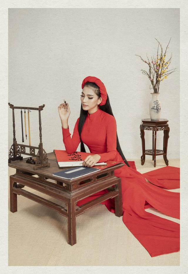 Á hậu Trương Thị May lần đầu khoe cô em gái xinh xắn, học giỏi - 2