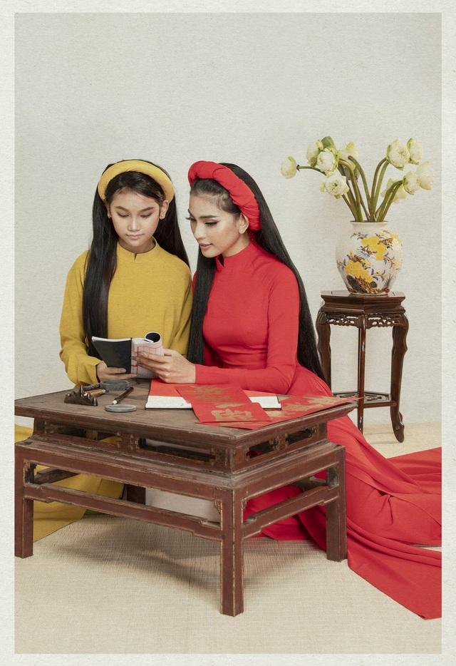 Á hậu Trương Thị May lần đầu khoe cô em gái xinh xắn, học giỏi - 5