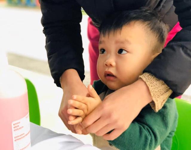 Nghệ An: Chưa có lệnh nghỉ, các trường học khẩn trương phòng dịch Corona - 4