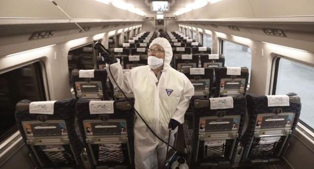 Chỗ ngồi nào trên máy bay ít nguy cơ lây virus corona? - 1