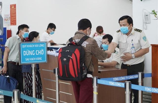 Quảng Nam bàn cách hỗ trợ doanh nghiệp du lịch cùng chống dịch virus corona - 2