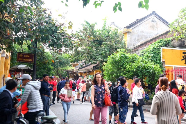 Quảng Nam bàn cách hỗ trợ doanh nghiệp du lịch cùng chống dịch virus corona - 4