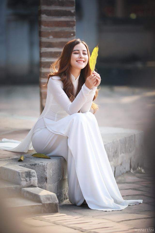 Hoa khôi Phan Cẩm Ly: Có đam mê, nhiệt huyết, bạn mới thành công được - 4