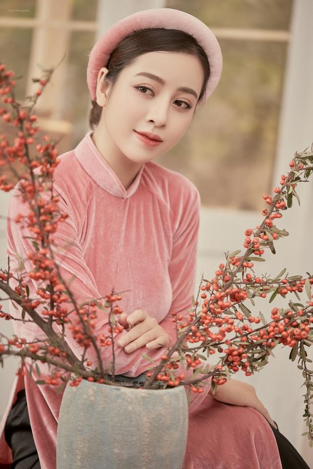 Hoa khôi Phan Cẩm Ly: Có đam mê, nhiệt huyết, bạn mới thành công được - 3