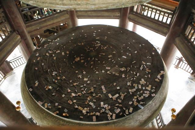 Biển người vẫn đổ về chùa Bái Đính giữa đại dịch corona - 12