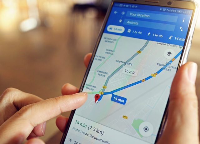Thanh niên dùng 99 smartphone giả kẹt xe, đánh lừa Google Maps