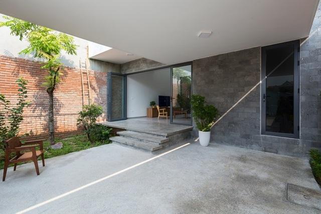 Nhà 2 tầng chốn quê thanh bình nhưng vô cùng ấn tượng ở Hà Tĩnh - 5