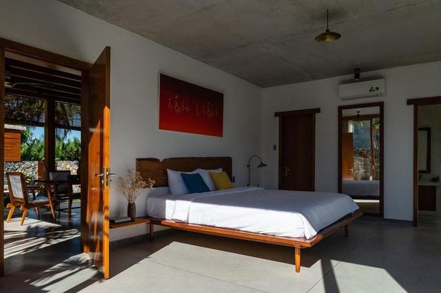 Ngỡ ngàng với biệt thự sang chảnh làm từ lá dừa ở Quảng Nam - 7