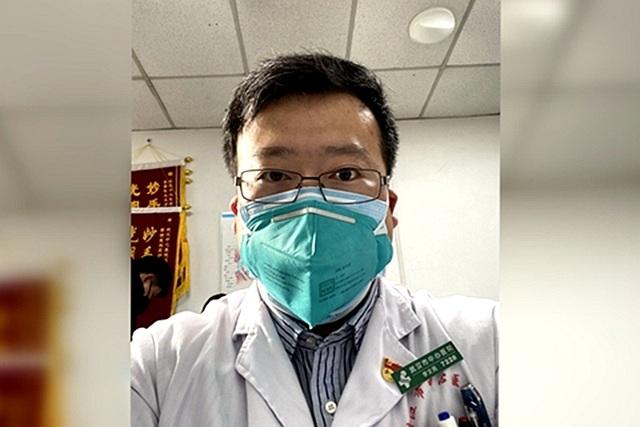 Bác sĩ Trung Quốc đầu tiên cảnh báo về virus corona khi mầm bệnh âm thầm lây lan - 1
