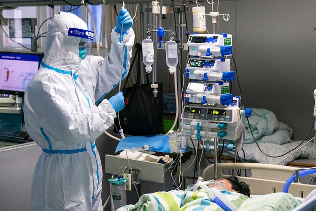 Số người chết vì virus corona tại Trung Quốc tăng lên 425 người - 1